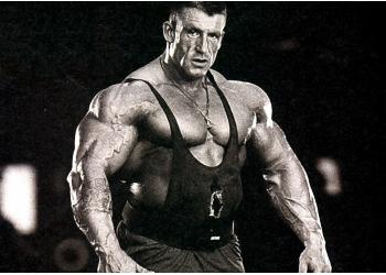 Дориан Ятс советует разумную тренировку груди