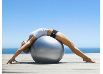 Упражнения для всего тела с помощью фитбола